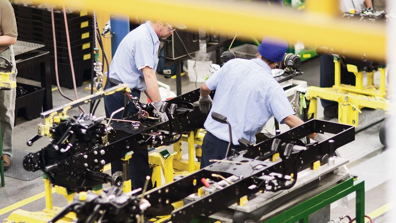 Fabryki w Augusta, kompaktowe ciągniki użytkowe
